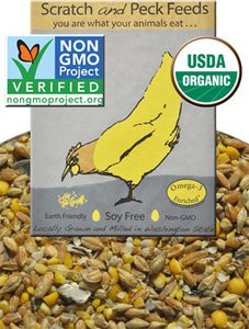 Scratch and Peck Naturally Free Organic Grower Feed for Chickens and Ducks image